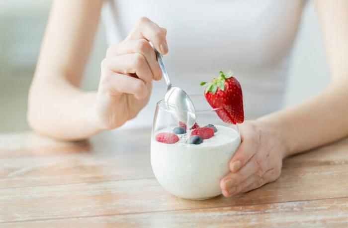 Nên ăn sữa chua khi bị IBS hay không phụ thuộc vào cơ địa mỗi người