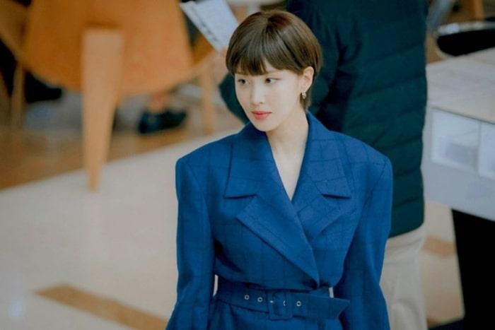 Nhân vật Joo Eun được ví như tắc kè hoa với nhiều màn lột xác ngoạn mục