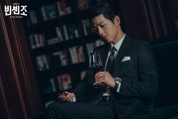 Song Joong Ki nguy hiểm ngầm trong Vincenzo