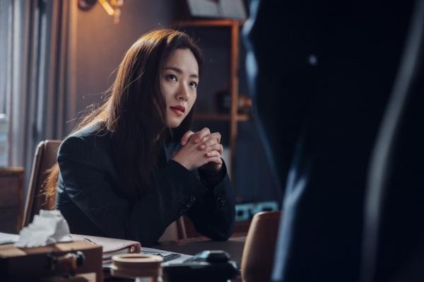 Hong Cha Young là một nhân vật cá tính